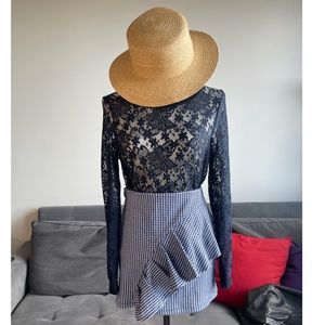 2in 1  bundle Lace top and skirt